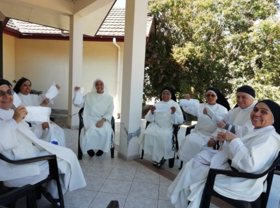 Hermanas Dominicas Mascarillas